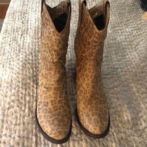Donald Pliner Leopard Print Leather Boots Size 9.5